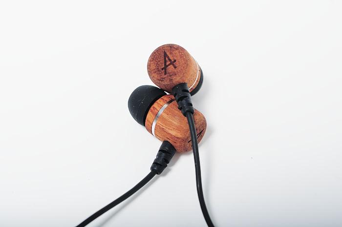 avier-inox-neox-rosewood-earphone
